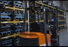 CF-20 - Warehouse Forklift 3